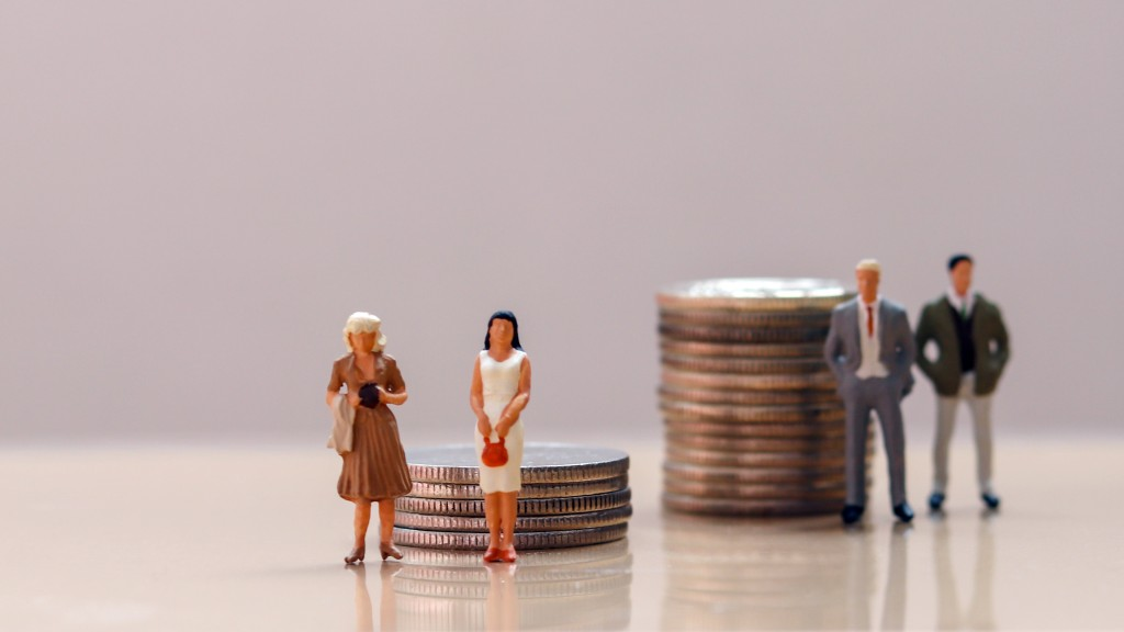 miniatures of women and men beside coins