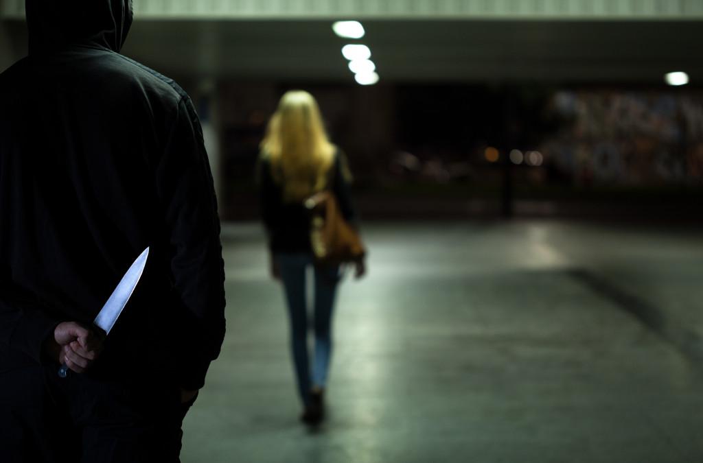 dangers of walking alone at night